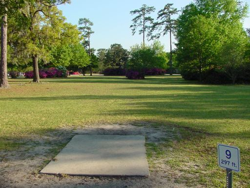 Tee box view of Hole #9 (#18) at Park Circle Disc Golf Course.