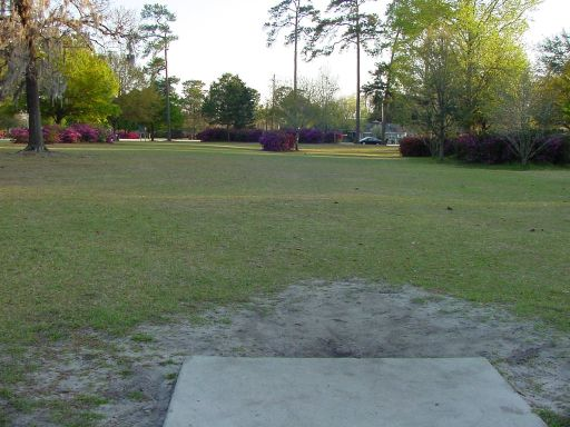 Fairway view of Hole #9 (#18) at Park Circle Disc Golf Course.